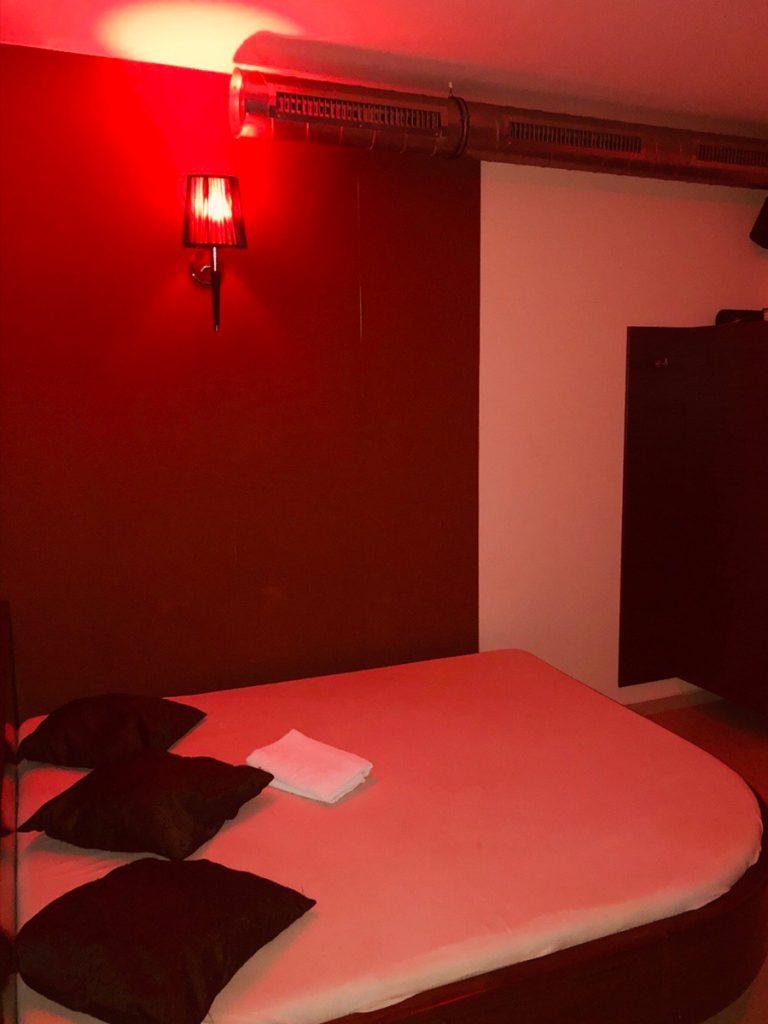 nightclub25