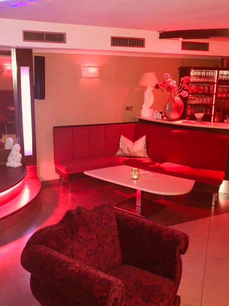 nightclub32