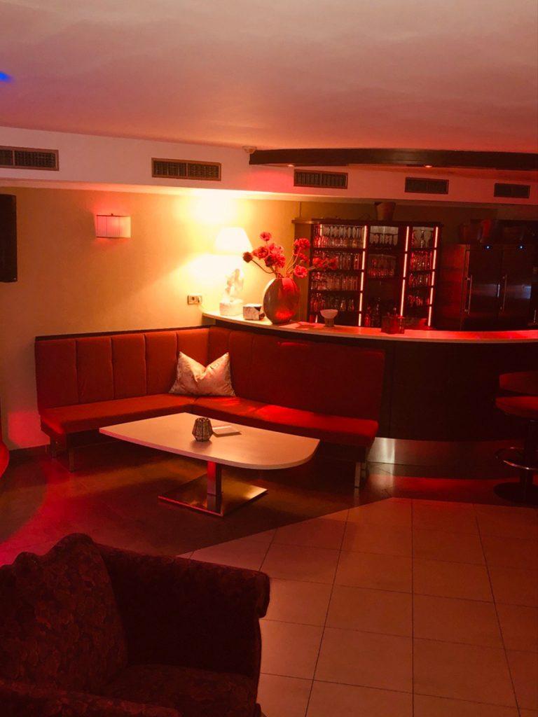 nightclub36